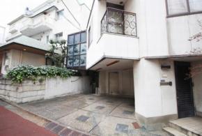 新宿区高田馬場2-13-14(高田馬場駅)メゾン田中 地下1階部分